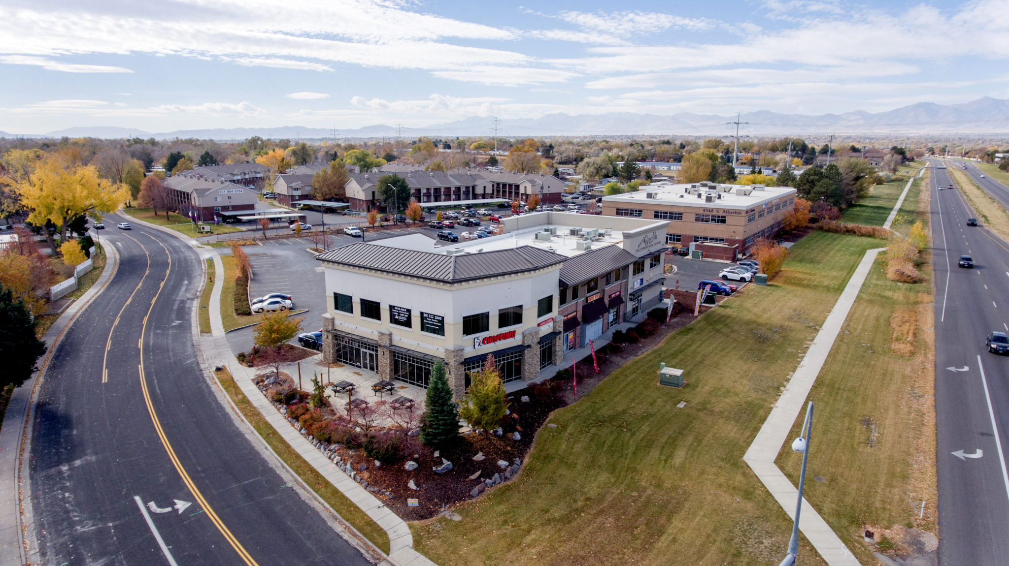 Mountain West Brokers Investment Sale of Taylorsville Crossing